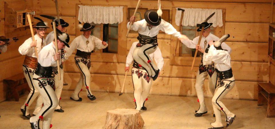 Dzień 1 – konkurs tańca zbójnickiego, popis par tanecznych